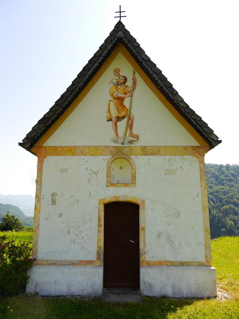 Außenansicht der Kapelle auf dem Trojerhof