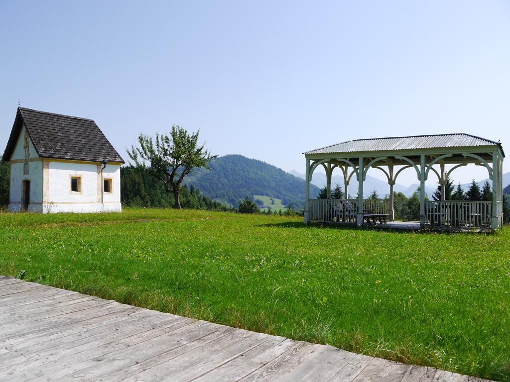 Trojerhof Kapelle und Pavillion